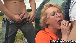 Picked up sexy grandma takes double penetration outdoors