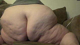 Fat mom gets quickie on couch