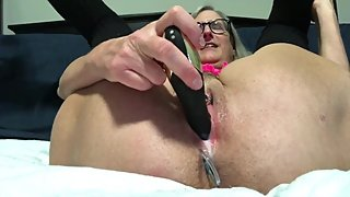 Horny Milf Nice Creamy Female Orgasm Quick Fuck and Squirt