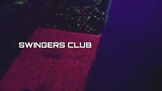 TMD: Fart Bubbles @ A SwingerТs Club!