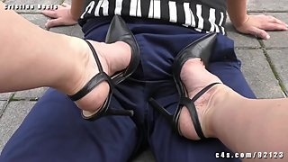 Cristina dirty heels bull stomping after crush